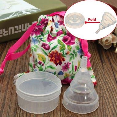 Coupe menstruelle pliable avec protection fabellashop - Comment mettre une coupe menstruelle ...