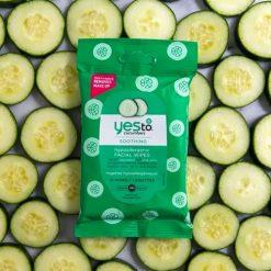 YES TO Cucumbers Lingettes Visage Apaisantes Hypoallergéniques x10